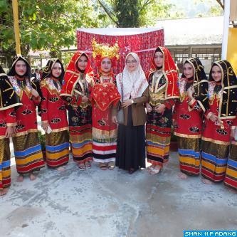 Penari SMA Negeri 11 Padang Expo 2018